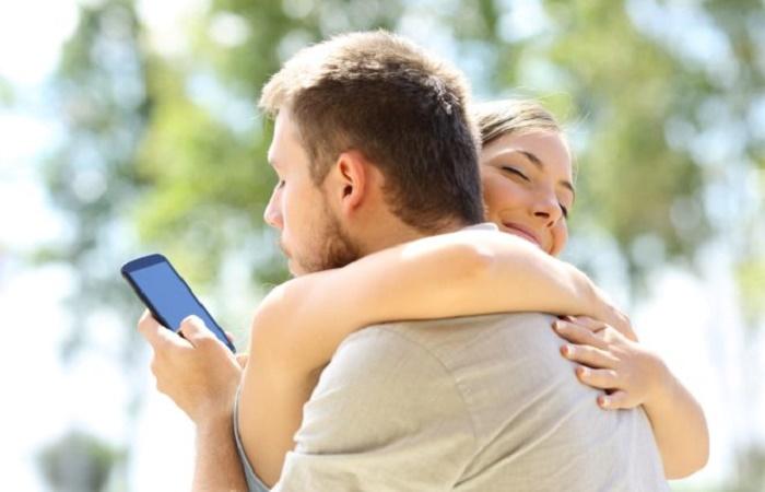 Espiar es gratis - 5 guías REALES y GRATIS para espiar celulares 2